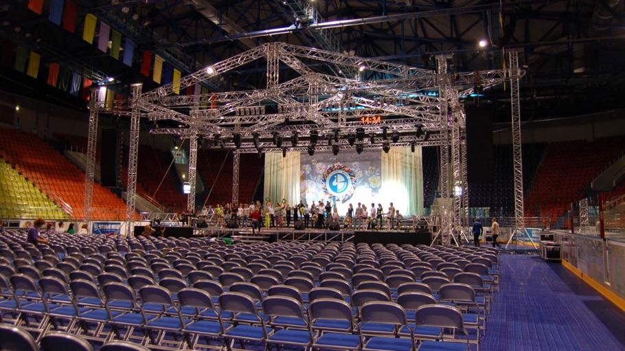 Бобруйск-Арена: мобильный концертный комплекс