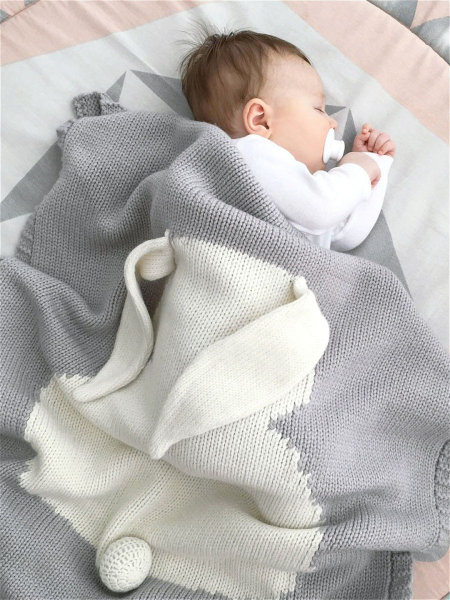 Зайка серый APERO 115х190 см детский плед